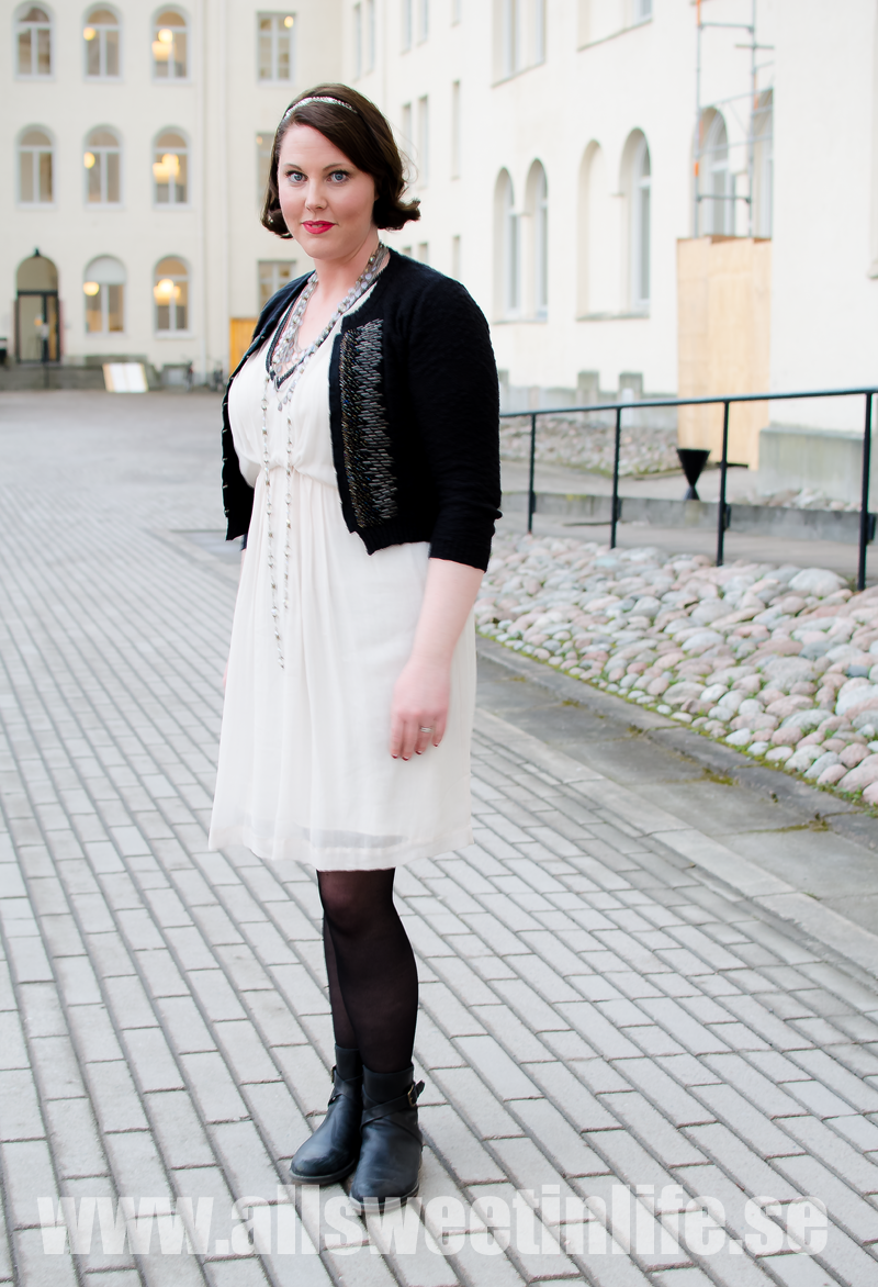1920 tals stil. klänning, hår och smink