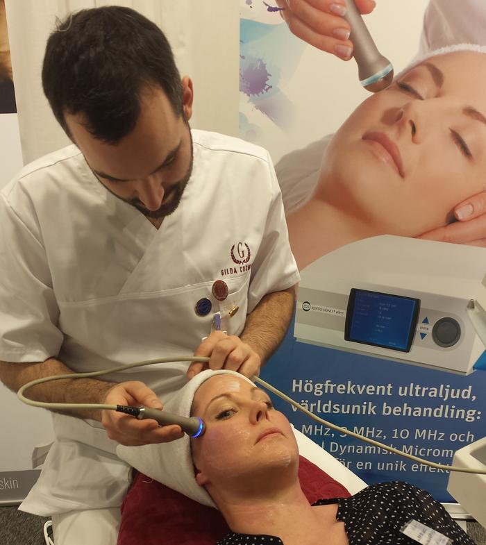 ansiktsbehandling-med-ionto-sono-effekt-gilda-cosmetic