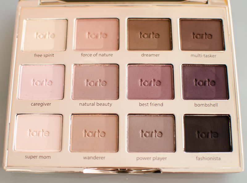 Close up Swatch Tarte Tartelette Palette