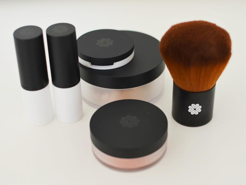Allsweeinlife har testat smink från Lily Lolo Mineral Makeup serie