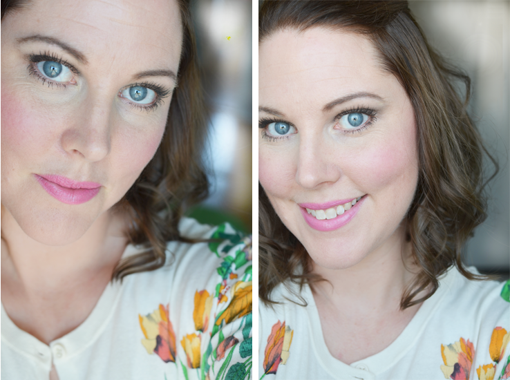 makeup-using-pur-mineral-lipstick-and-blusher