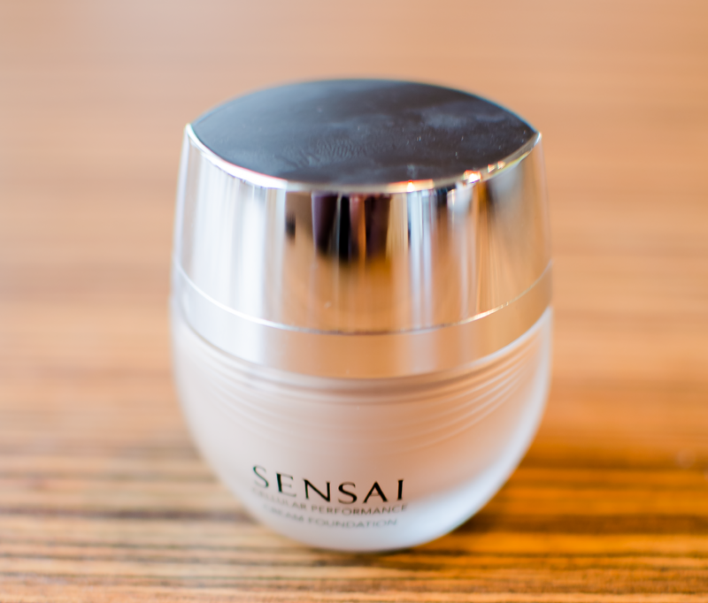 sensai-creme-silk-foundation