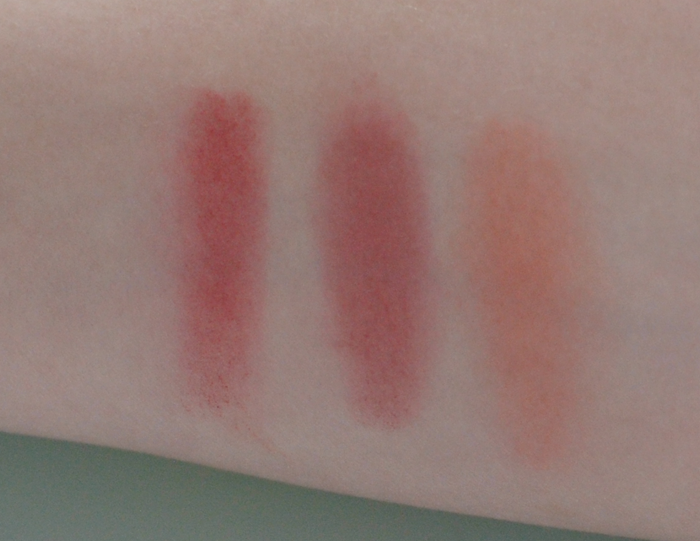 swatches på Rougepaletten Sugar ifrån Sleek