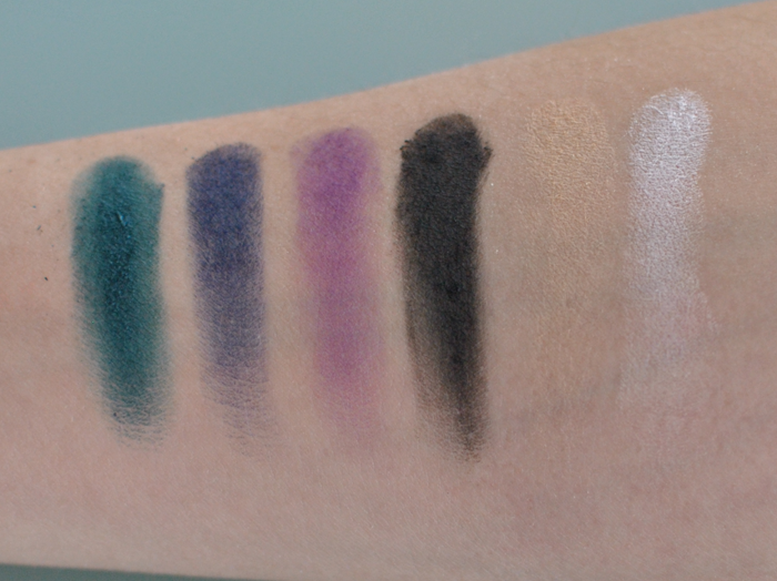 Swatches på Sleek Ultra Matte V2 första raden