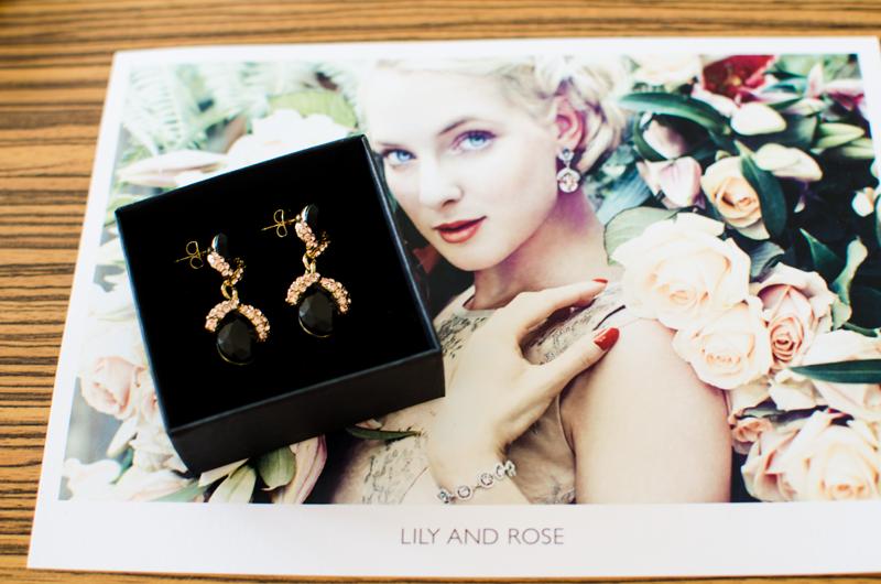 Överraskad med örhängen från Lily and Rose